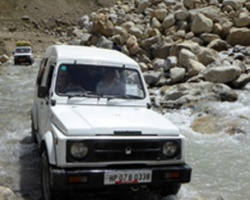 Manali - Ladakh Jeep Safari
